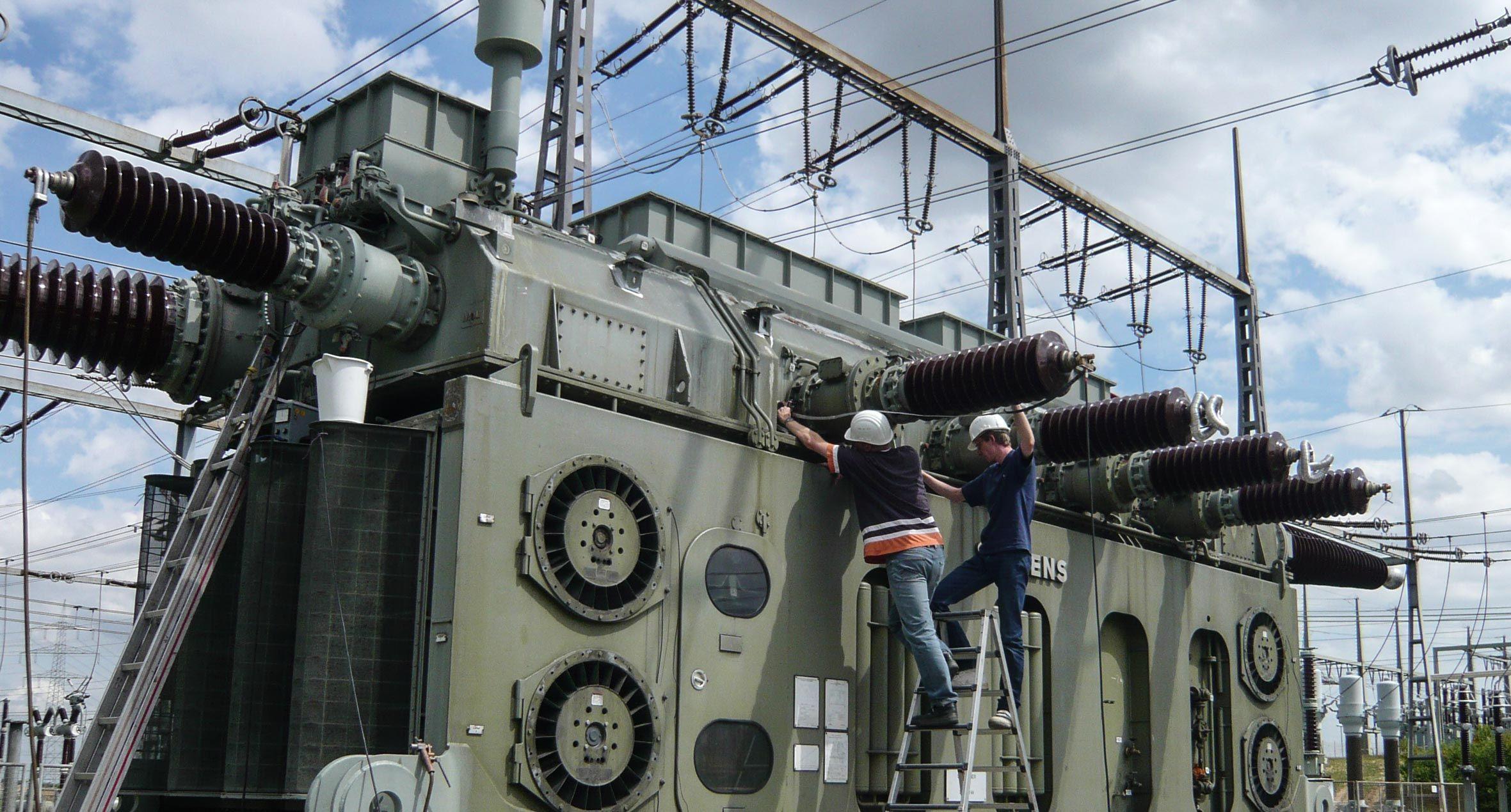 Field measurement at a transformer